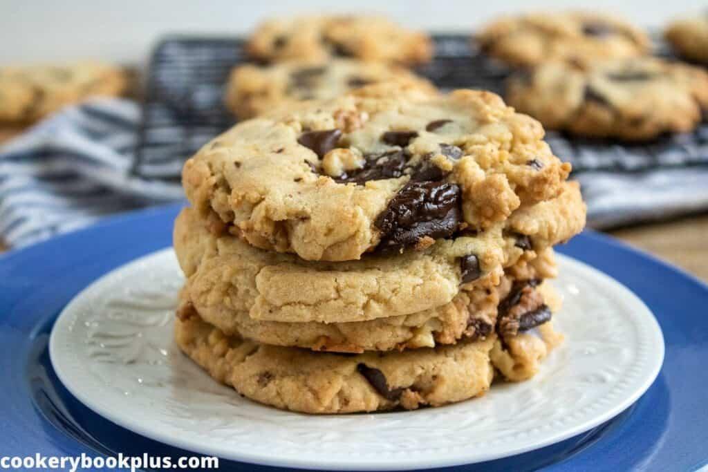Walnut Chocolate Chunk Cookies Recipe
