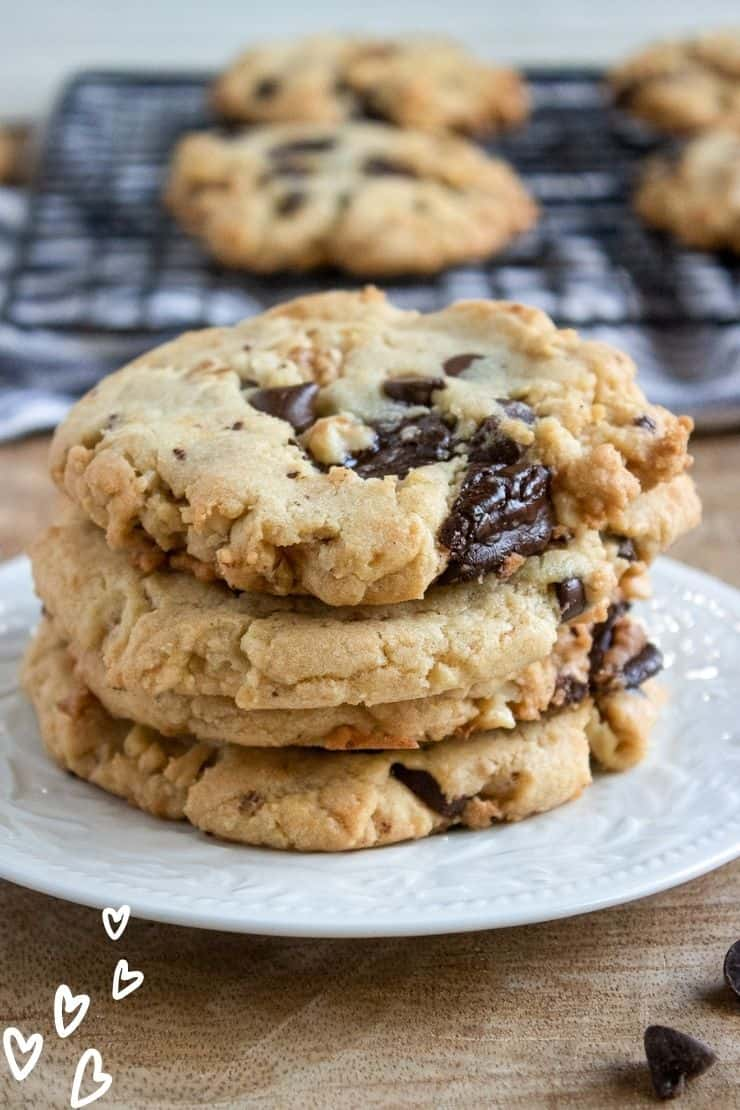 Walnut Chocolate Chunk Cookies