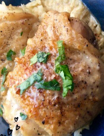 Chicken Thighs with Cauliflower Rice