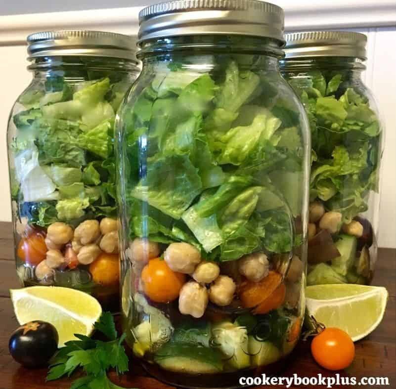 Veggie Mason Jar Salad